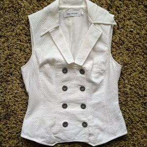 Anne Fontaine Shirley v neck double button up vest